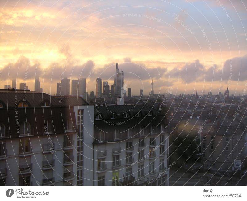 Sonnenuntergang über Frankfurt Frankfurt am Main Wolken Skyline