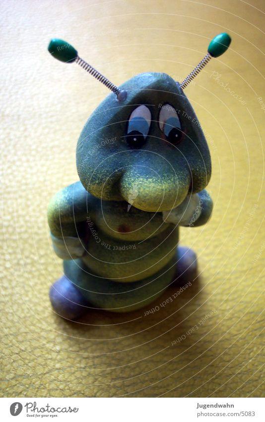 Wurm mit Drahtohren Spielzeug Körperhaltung