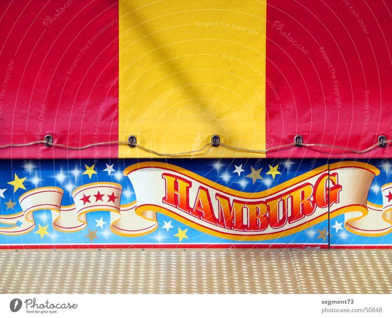 Hamburg ist ne Reise wert rot gelb Schilder & Markierungen Schriftzeichen Streifen Jahrmarkt Dom Abdeckung