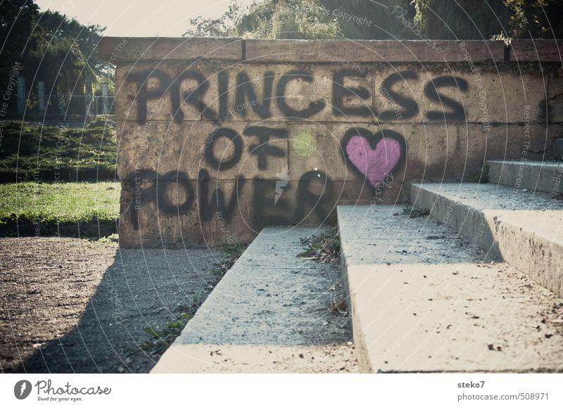 kein Treppenwitz Stadt grün Graffiti Wand Mauer grau rosa Treppe Coolness trashig