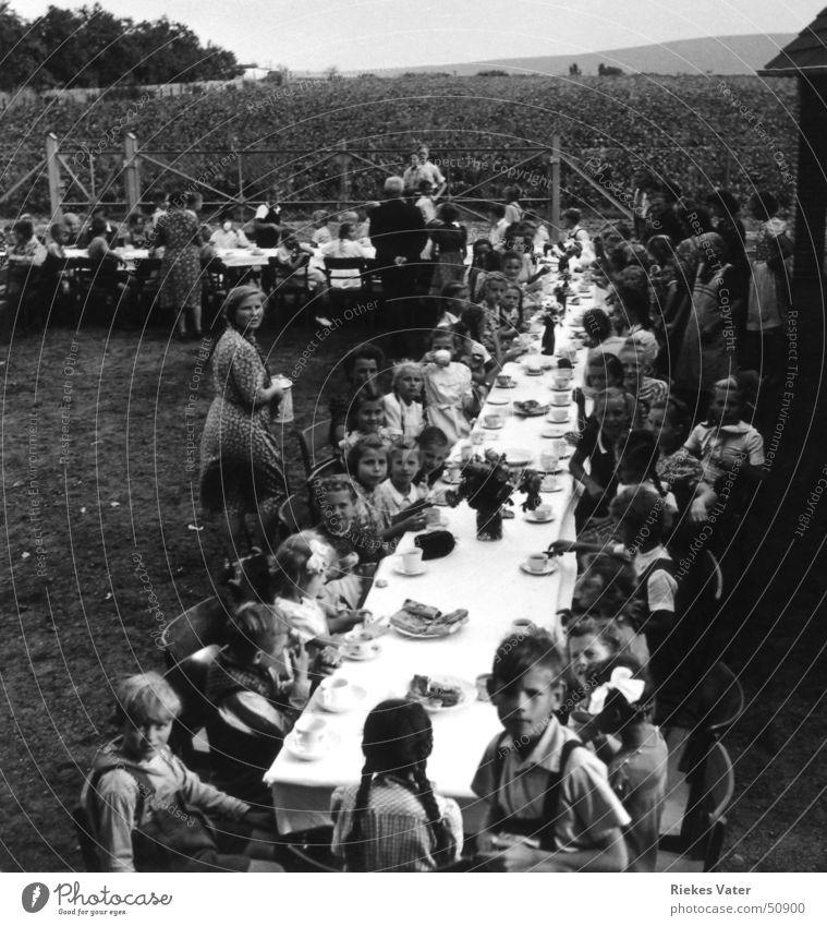 Schuleinweihung Geburtstag Kind Mädchen Junge Feste & Feiern Feld Dorf Kuchen Hannover Jubiläum Lehrer Kindergeburtstag Vierziger Jahre Degersen Kaffeetisch