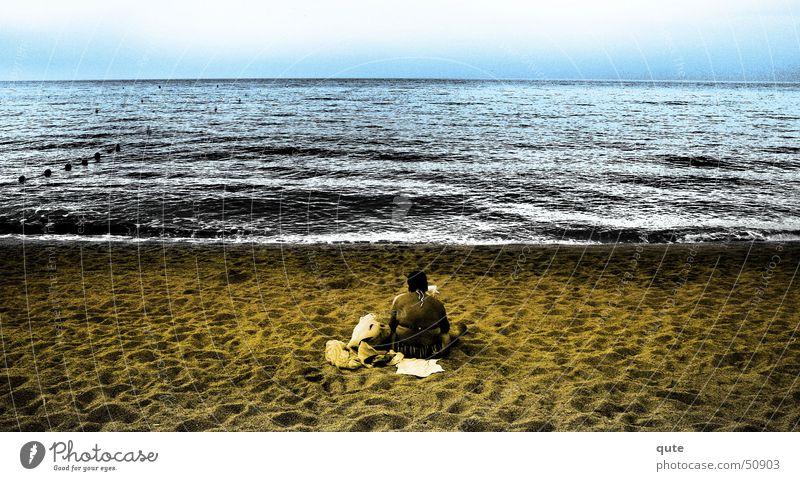 Forgotten person Sand