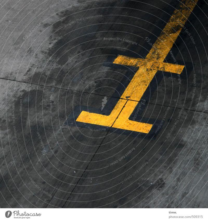 Ölbild Wege & Pfade Stein Linie dreckig Verkehr Schilder & Markierungen Luftverkehr Beton Zeichen Güterverkehr & Logistik unten Verkehrswege Dienstleistungsgewerbe Stress trashig bizarr