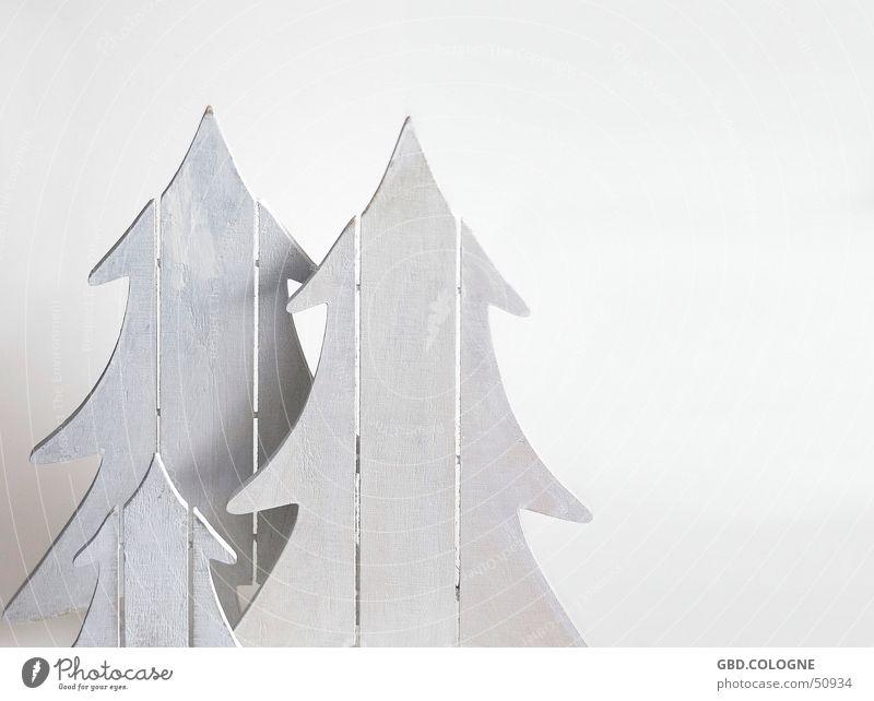 Vater + Mutter + Kind ruhig Winter Dekoration & Verzierung Feste & Feiern Weihnachten & Advent Baum Holz weiß Gefühle Weihnachtsdekoration Weihnachtsbaum