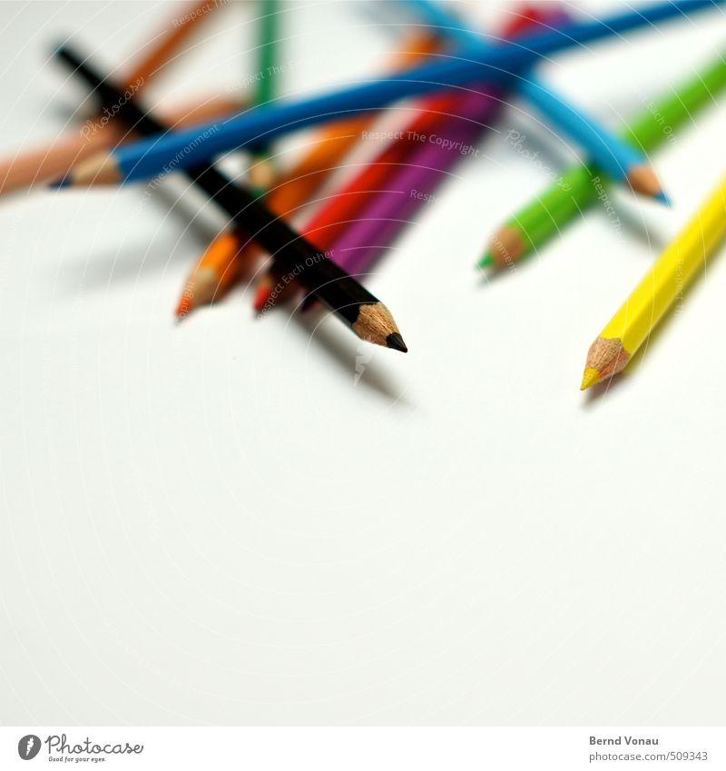 Mikado Schreibstift mehrfarbig schwarz weiß Farbstift Kreativität fokussieren Spitze durcheinander Holz zeichnen chaotisch unordentlich Farbfoto Innenaufnahme