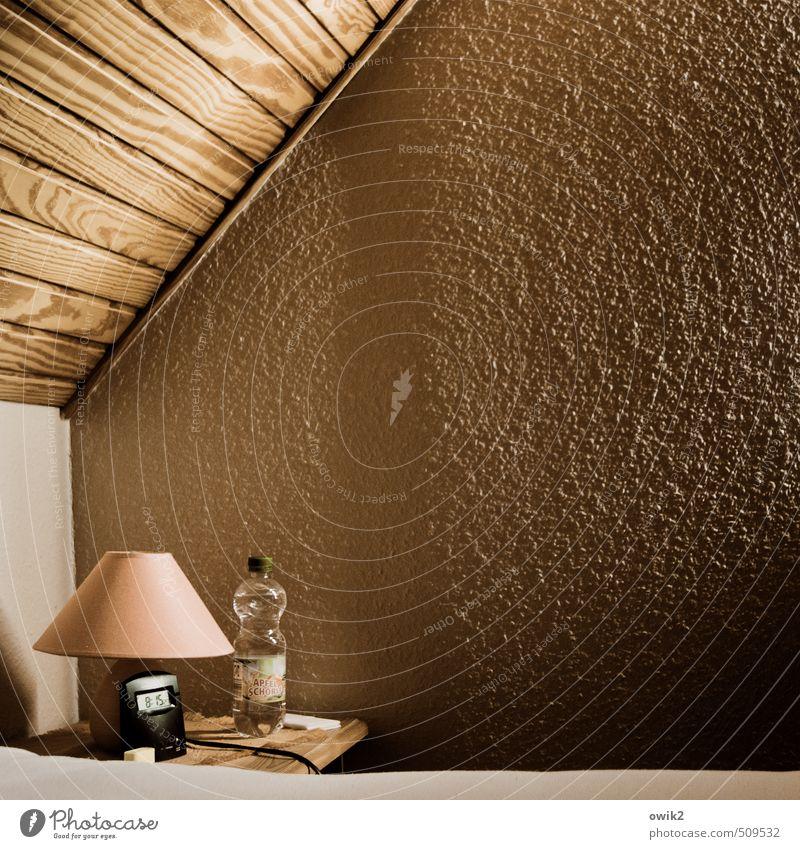 Müder Morgen ruhig Wand Mauer Holz Zeit Lampe Zufriedenheit Häusliches Leben trist einfach Neigung Ziffern & Zahlen Bett Kunststoff Gelassenheit Müdigkeit