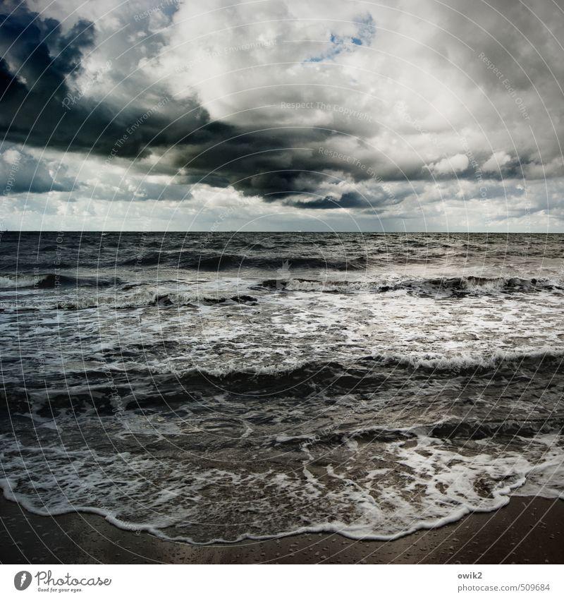 Badewanne Umwelt Natur Landschaft Urelemente Sand Wasser Himmel Gewitterwolken Horizont Klima schlechtes Wetter Unwetter Wellen Küste Ostsee bedrohlich dunkel