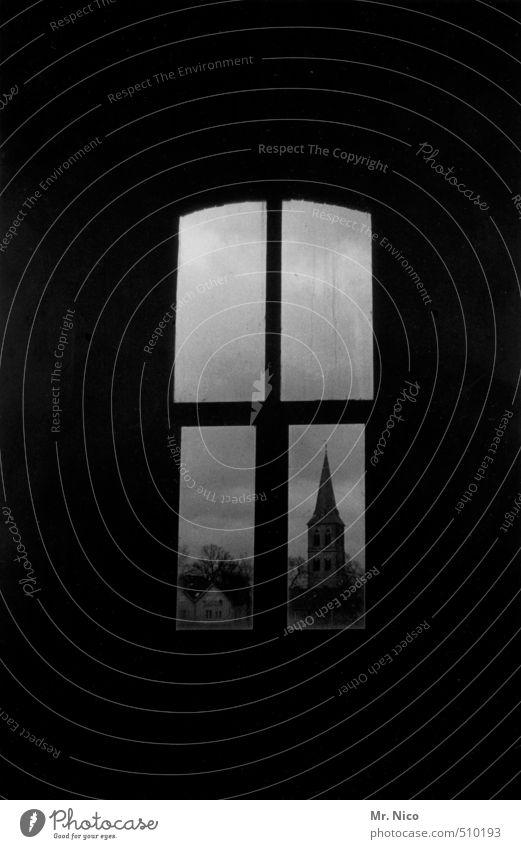 Hallelujah Himmel ruhig dunkel Fenster Gebäude Religion & Glaube nachdenklich Perspektive Kirche Aussicht Trauer geheimnisvoll Bauwerk Gebet Christentum