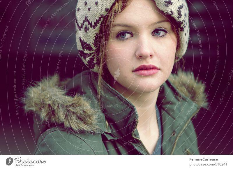Zart (III). Mensch Kind Jugendliche blau schön Junge Frau 18-30 Jahre Erwachsene feminin Herbst 13-18 Jahre ästhetisch einzigartig zart Mütze Jacke