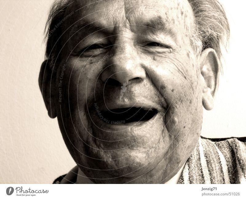 Das Leben ist schön. Mann Gesicht Senior lachen Porträt Mensch Fröhlichkeit Großvater Großeltern Männlicher Senior
