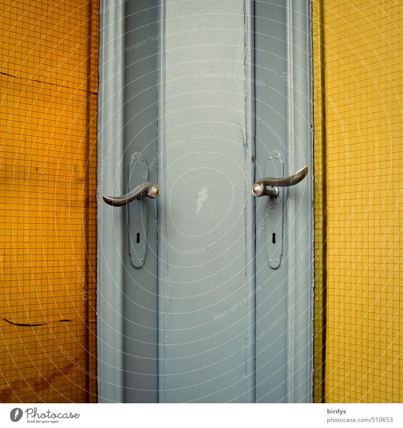 auf gute Nachbarschaft blau gelb Zusammensein orange Tür positiv Nostalgie Griff Originalität Eingangstür