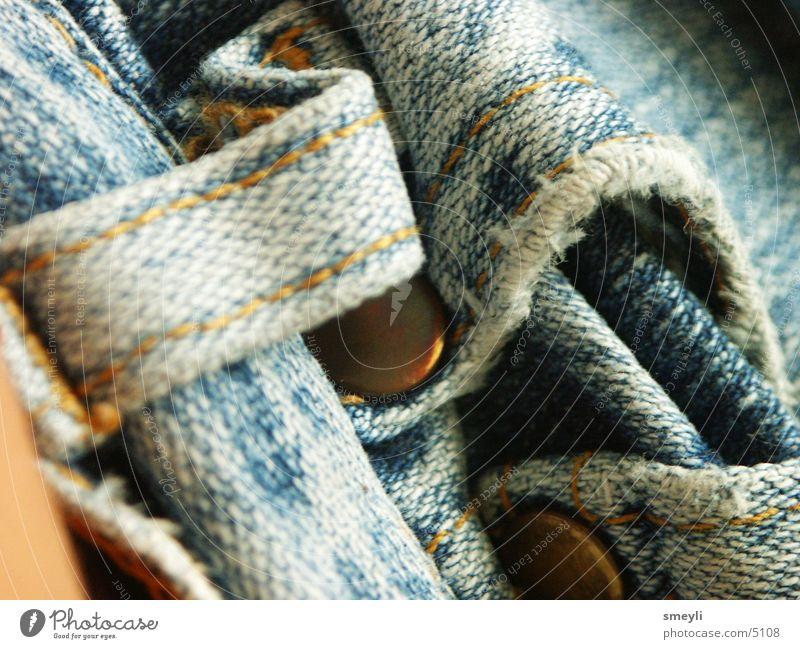 aubgenutzt alt blau Metall Jeanshose kaputt Hose Stoff Tasche Fototechnik verwaschen Fetzen