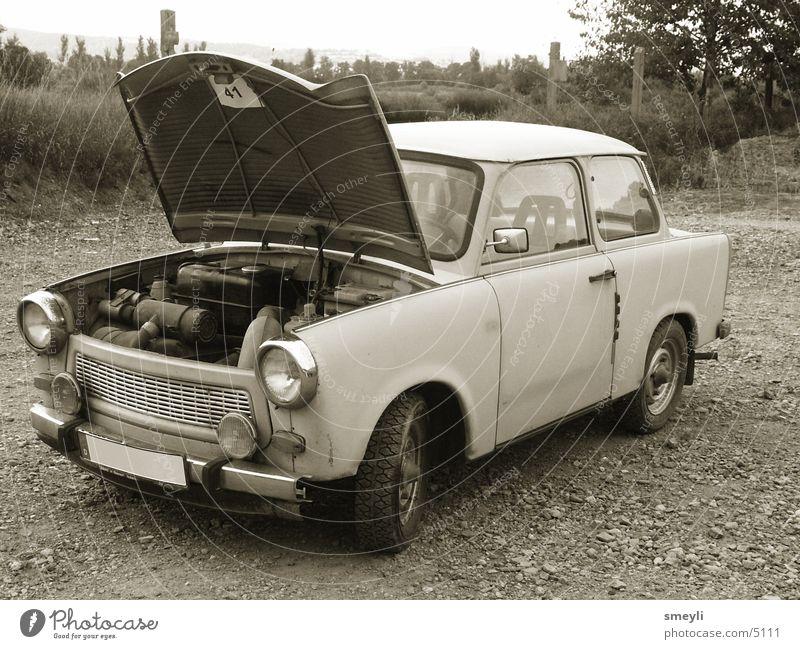 und er fährt immernoch Trabbi Nostalgie Ostalgie Osten Auspuff tarbant DDR PKW honecker Rad Bremse Tuning