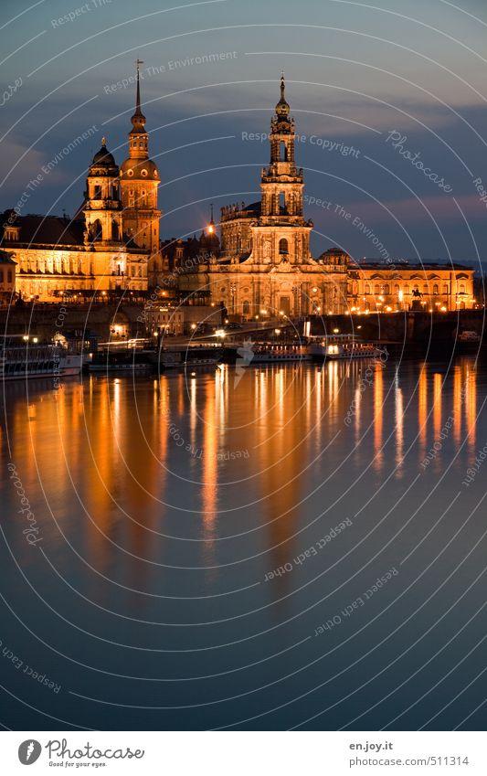 Dresden einfach schön! Himmel Ferien & Urlaub & Reisen blau Stadt Wasser Gefühle Gebäude Stimmung Deutschland gold Europa Kirche Turm Fluss historisch