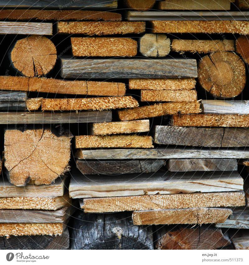 Tetris Handwerker Gartenarbeit Landwirtschaft Forstwirtschaft Schneidebrett Brennholz Holz braun gelb grau Energie nachhaltig Umweltschutz Stapel Holzstapel
