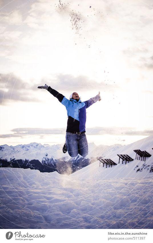 winterfreuden Frau Natur Jugendliche Ferien & Urlaub & Reisen blau Junge Frau Landschaft Winter Erwachsene Berge u. Gebirge Leben feminin Schnee Freiheit Glück