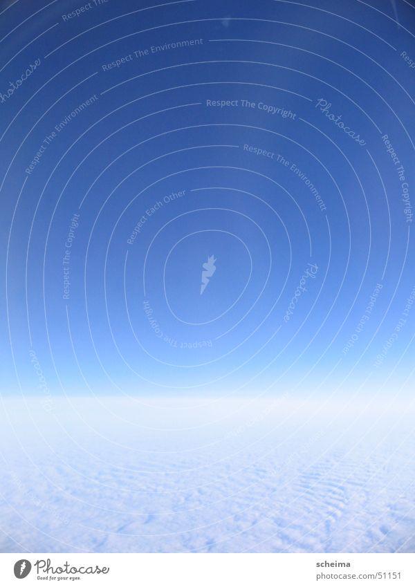 Himmel weiß blau Wolken fliegen Altokumulus floccus Wolkendecke Luftraum
