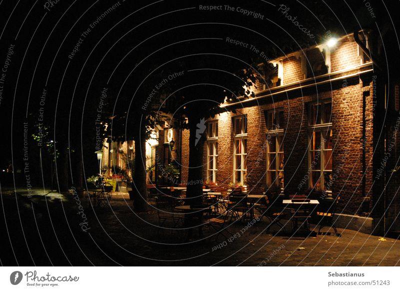 zur alten Post Restaurant Nacht Terrasse Lokal Sommernacht sitzen