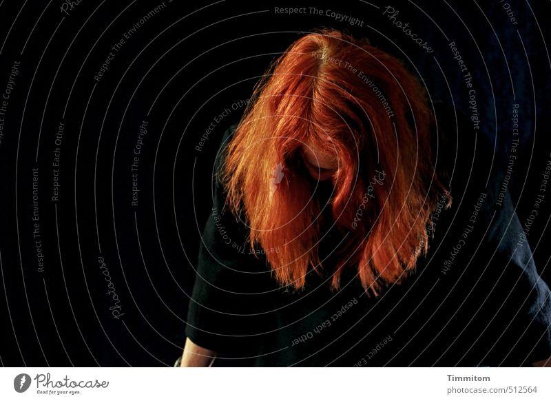 Happy Birthday Beate-Helena Mensch feminin Kopf Haare & Frisuren 1 Bekleidung rothaarig Scheitel ästhetisch Coolness schwarz Gefühle Konzentration Ärmel