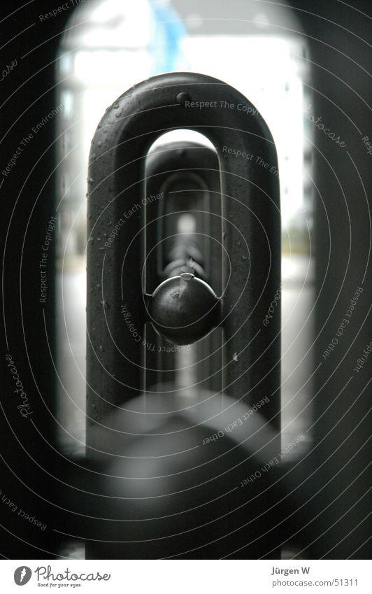 Durchblick rund schwarz Unschärfe Nahaufnahme Kugel Reihe Ball black row