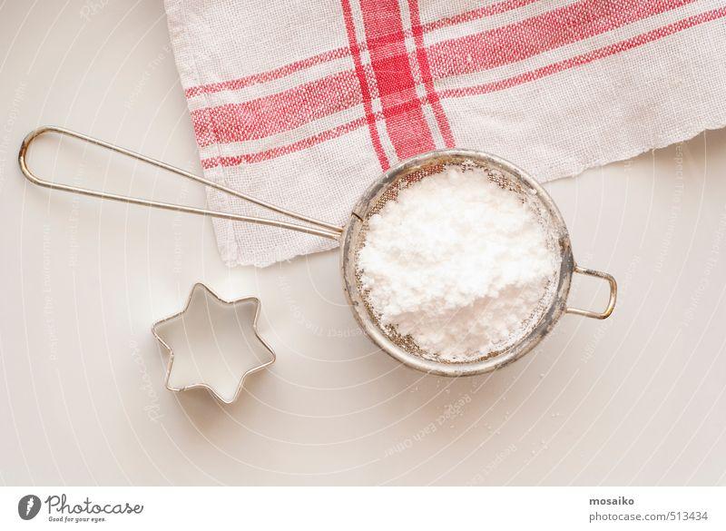 Puderzucker und Stern - Backvorbereitung Kuchen Süßwaren Küche Sieb Metall lecker rot weiß Appetit & Hunger Weihnachten & Advent Weihnachtsstern