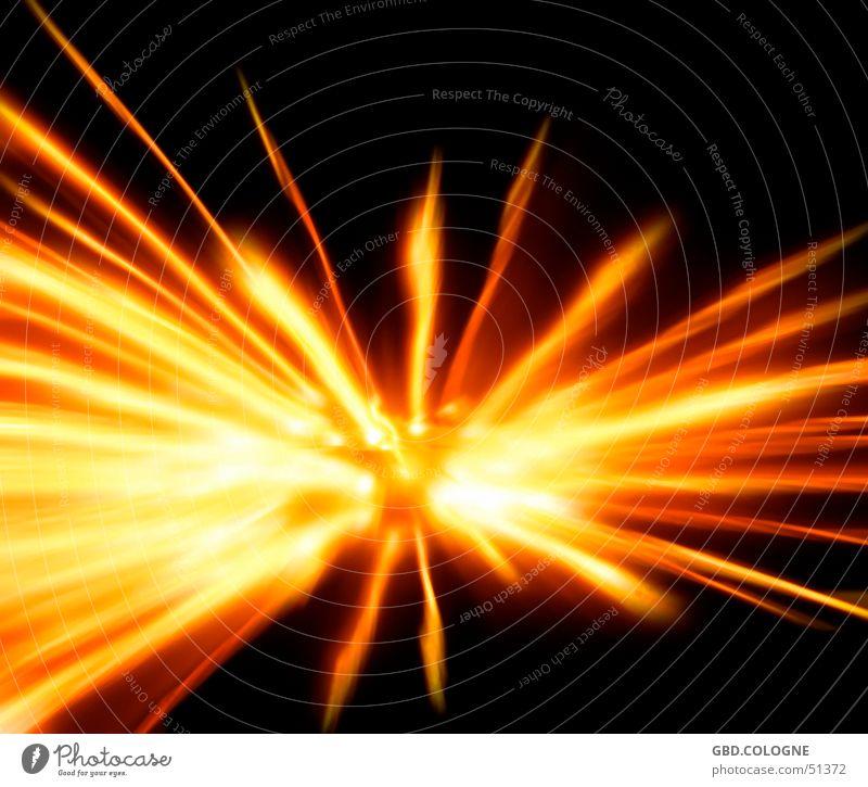 Urknall? gelb Bewegung orange Feuer obskur Erkenntnis Nachtaufnahme Zoomeffekt Lichtstrahl Urknall