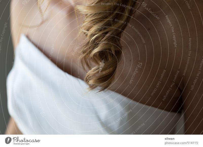 lockig - hochzeitlich Mensch Jugendliche schön weiß Junge Frau 18-30 Jahre Erwachsene Erotik feminin Haare & Frisuren Glück gold blond ästhetisch dünn Locken