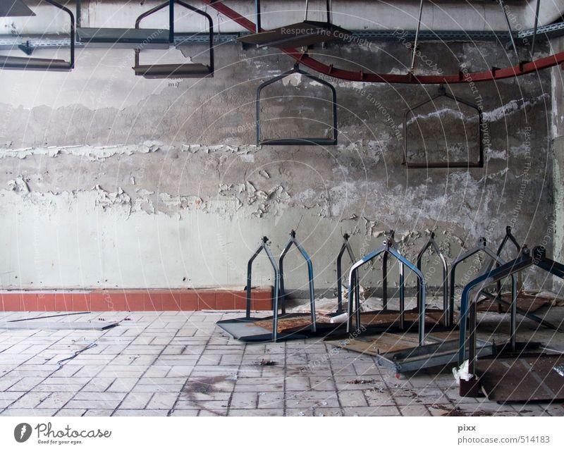 ut ruhrgebiet | abgefahren alt Stadt Wand Straße Wege & Pfade Mauer grau oben Stein Metall Arbeit & Erwerbstätigkeit dreckig warten Beton kaputt Industrie