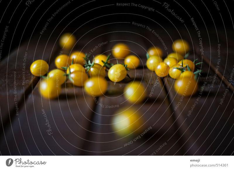 home grown gelb klein natürlich Ernährung Gemüse Bioprodukte Tomate Vegetarische Ernährung biologisch