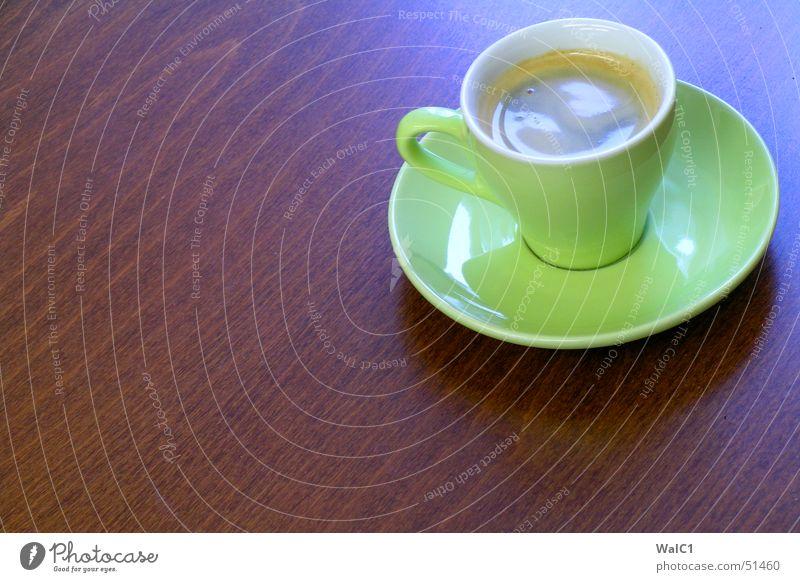 Koffein (in green) grün Holz braun Kaffee Pause Café Tasse Espresso Maserung Buche Untertasse