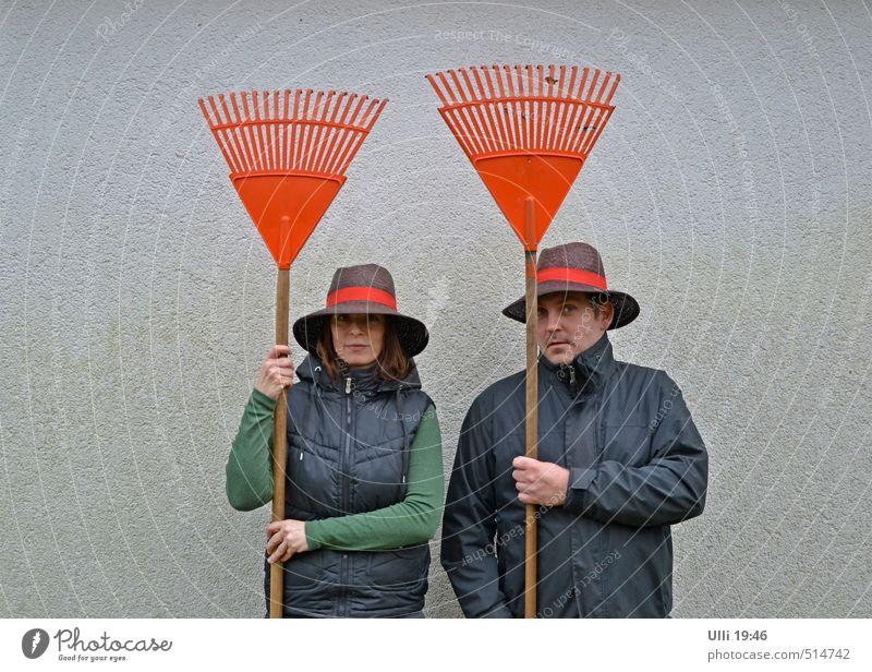 SEK Oranienburg (Nachfolgegeneration) Fitness Mensch Junge Frau Jugendliche Junger Mann Partner 2 30-45 Jahre Erwachsene Herbst Mauer Wand Arbeitsbekleidung Hut