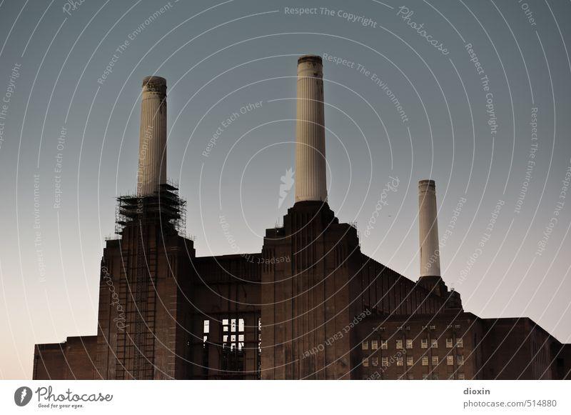 Battersea Power Station Vol.2 alt Stadt Architektur Gebäude außergewöhnlich Energiewirtschaft authentisch hoch historisch Fabrik Bauwerk Stadtzentrum