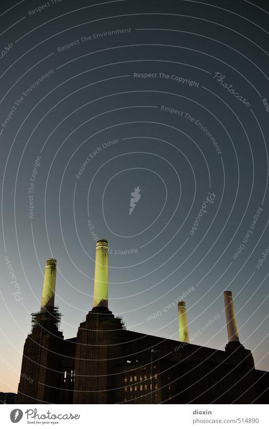 Battersea Power Station Vol.4 alt Stadt Gebäude Architektur außergewöhnlich Energiewirtschaft authentisch hoch historisch Fabrik Bauwerk Stadtzentrum