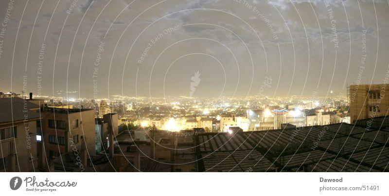 Tehran bei Nacht Stadt Iran