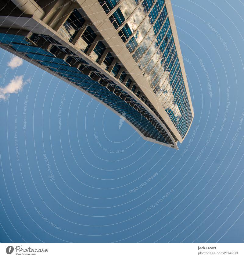 800 Himmel Wolken Klima Schönes Wetter Queensland Hochhaus Gebäude Fassade frei lang modern Surrealismus Umwelt Irritation gedreht Spiegelfront abstrakt