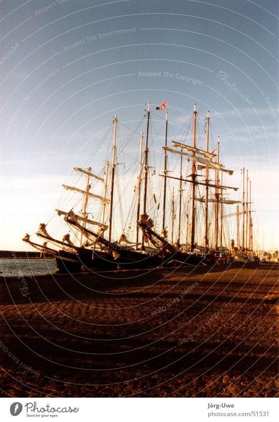 Marstal morgens um fünf Sommer Hafen Segeln Dänemark Segelschiff Wasserfahrzeug Skandinavien Großsegler Årø Fünen