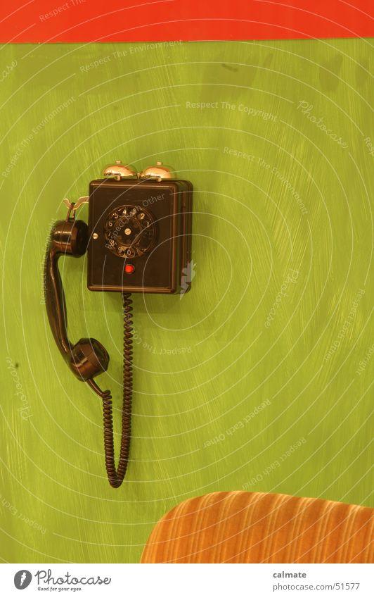 - retrophobie I - Sitzgarnitur Telefon Ziffern & Zahlen Wählscheibe analog Sofa altes telefon alte möbel altmodisch polstergruppe Sitzgelegenheit