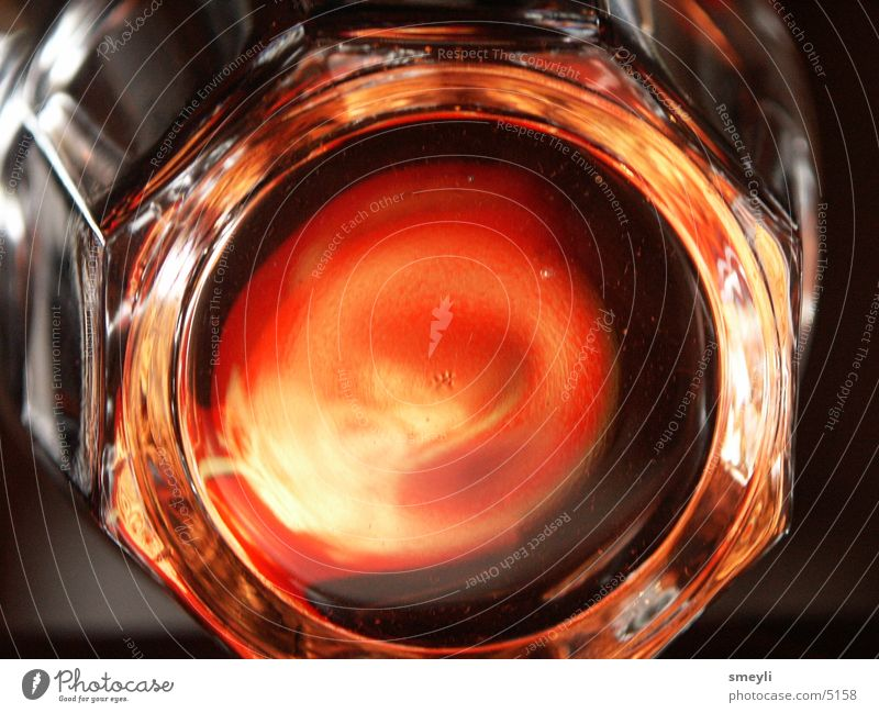 Warmes Glas rot glänzend Geometrie