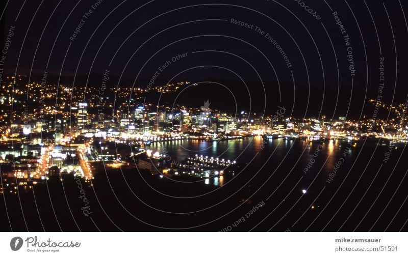 Wellington Nights 2 Bewegung Hafen Bucht Belichtung Neuseeland Nachtaufnahme