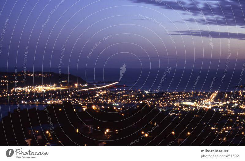 Landung!!! Bewegung Luft Linie Flugzeug Flughafen Flugzeuglandung Belichtung Neuseeland Nachtaufnahme Wellington