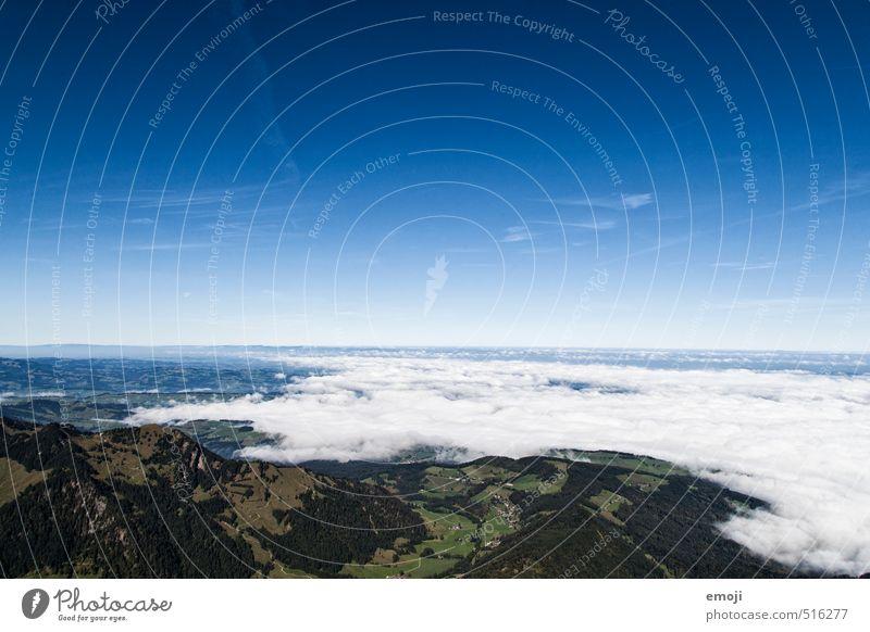 es kommt näher Umwelt Natur Landschaft Erde Himmel Wolkenloser Himmel Herbst Schönes Wetter Nebel natürlich blau Nebelmeer Schweiz Farbfoto Außenaufnahme