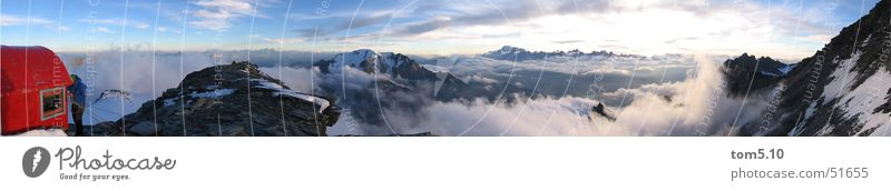panorama wandern Bergsteigen Wolken Panorama (Aussicht) Biwak Schnee Himmel Hütte Berge u. Gebirge Felsen Klettern groß Panorama (Bildformat)