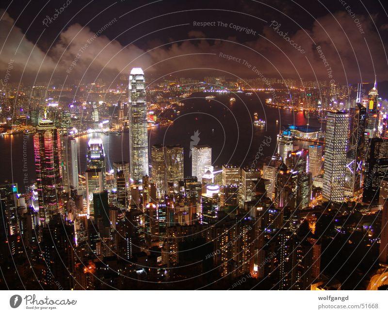 Hong Kong - Blick vom Victoria Peak bei Nacht Hongkong Lichtermeer Außenaufnahme Nachtaufnahme hell erleuchtet victoria peak victoria harbor Hafen