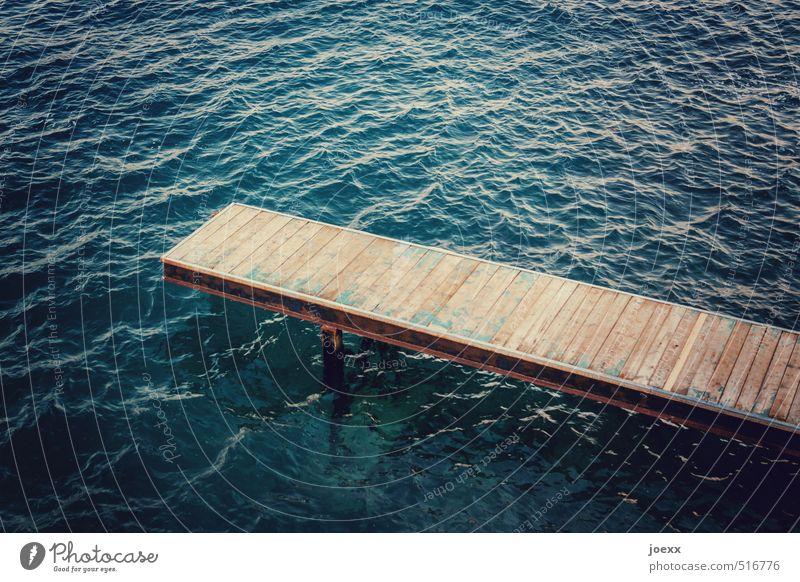 Die Flut unter mir Sommerurlaub Meer Wasser Schönes Wetter Wellen Küste Wege & Pfade Holz eckig Optimismus Idylle Leichtigkeit ruhig Wellness Steg Farbfoto