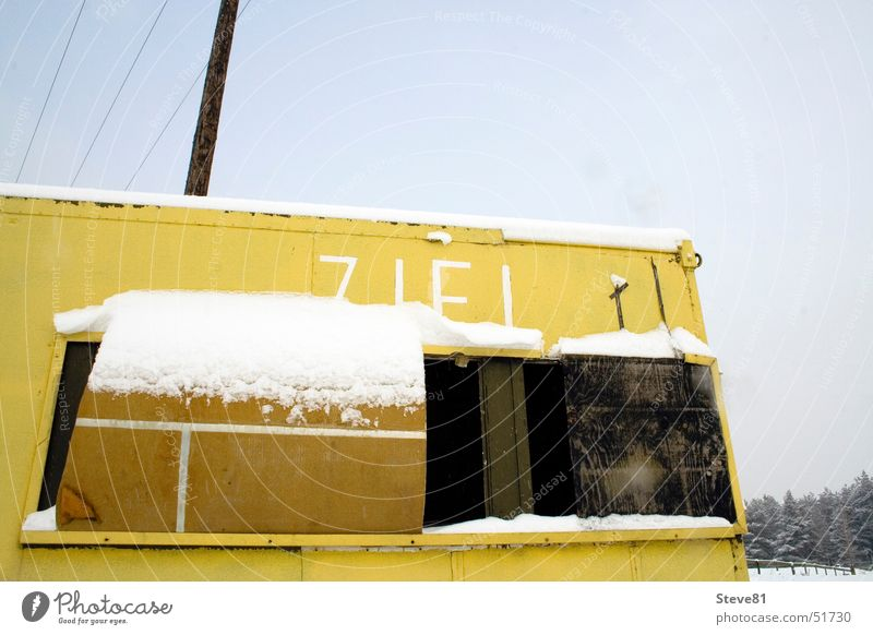 Ziel: Weltende Himmel Winter Schnee Gebäude Landschaft Hütte Blech Apokalypse