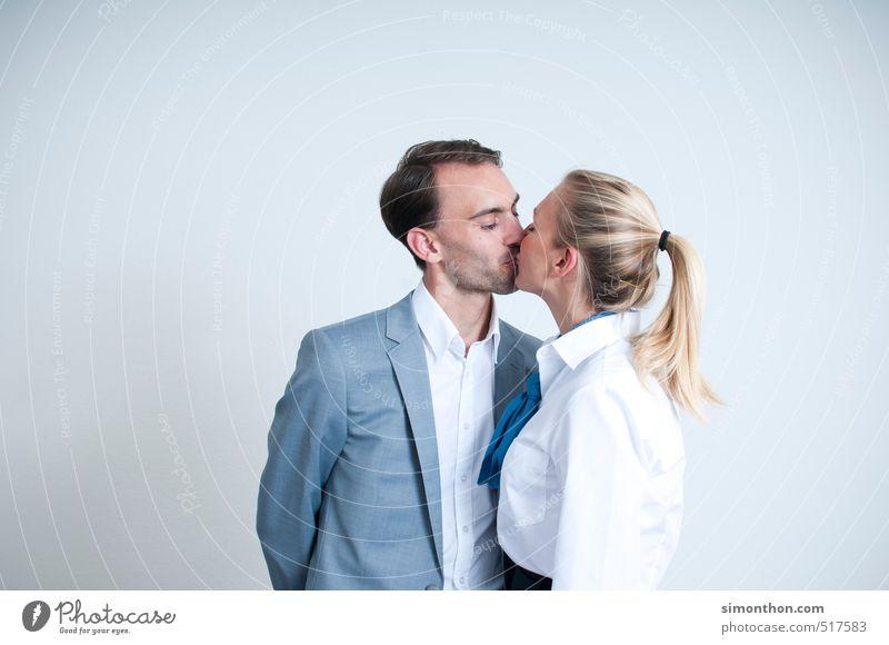 Liebe Business Unternehmen Karriere Erfolg Sitzung Team Familie & Verwandtschaft Paar Partner Erwachsene 2 Mensch Sympathie Verliebtheit Romantik Begierde Lust