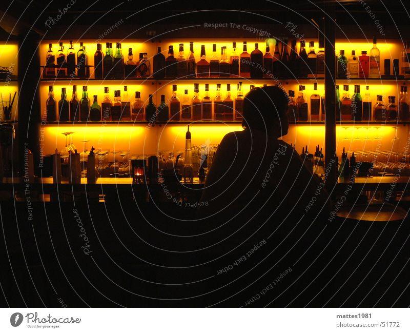 Whiskey Liebhaber Einsamkeit Feste & Feiern Party Glas warten Ernährung Getränk trinken Kaffee Gastronomie Wein Bier Bar Sitzung Rauschmittel Alkohol