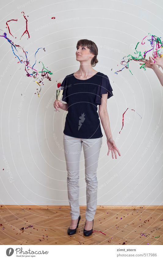 feierfreude Mensch Jugendliche schön Junge Frau Freude schwarz 18-30 Jahre Erwachsene Leben feminin Feste & Feiern Party Körper Lifestyle Tanzen Geburtstag