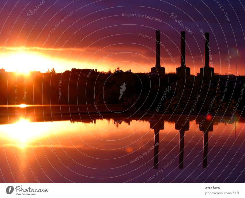 Blick aus meinem Dachfenster 2 Sonnenuntergang Architektur Stromkraftwerke Berlin Abend