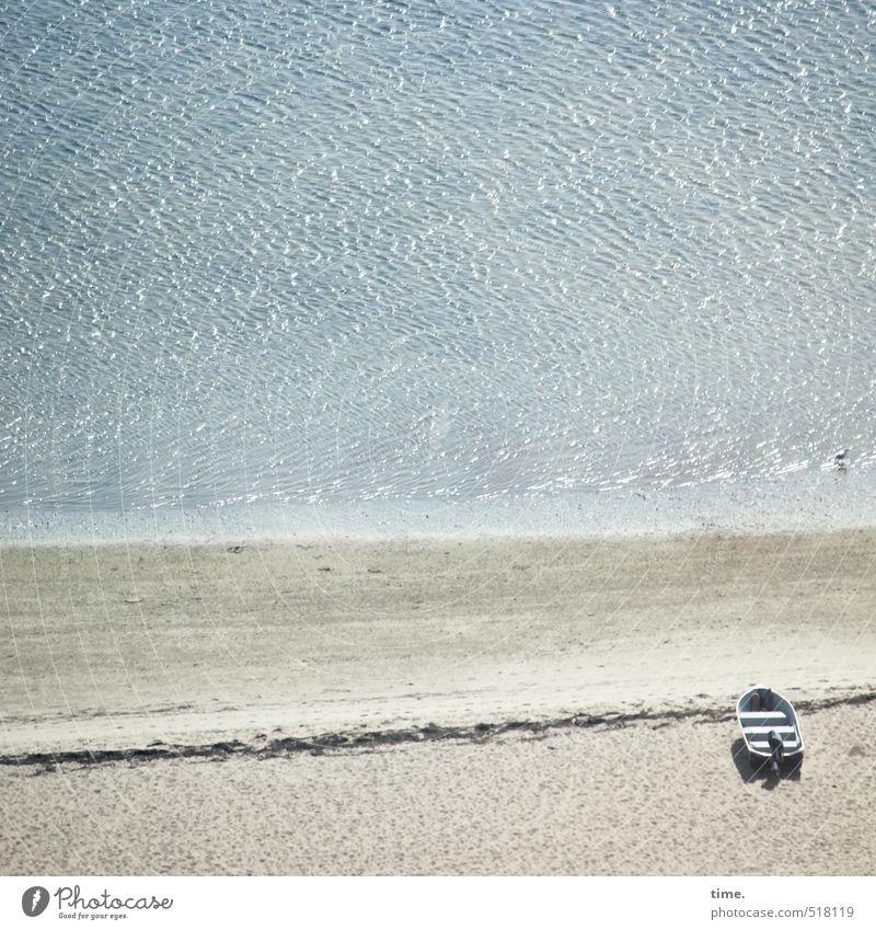 Ruhige Zeiten Umwelt Natur Landschaft Sand Wasser Schönes Wetter Wellen Küste Meer Atlantik Wege & Pfade Schifffahrt Fischerboot Sportboot Motorboot liegen